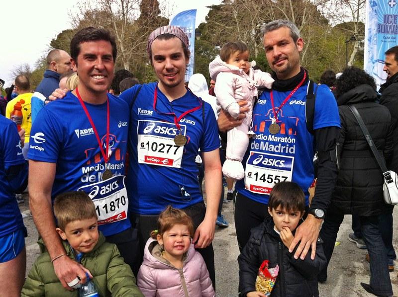 running, con mis cuñados en la media maraton