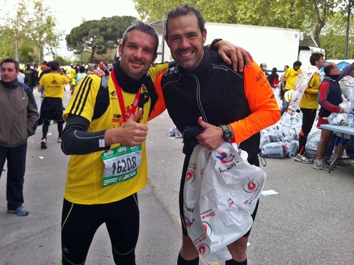 Foto con mi amigo Isra tras finalizar la carrera